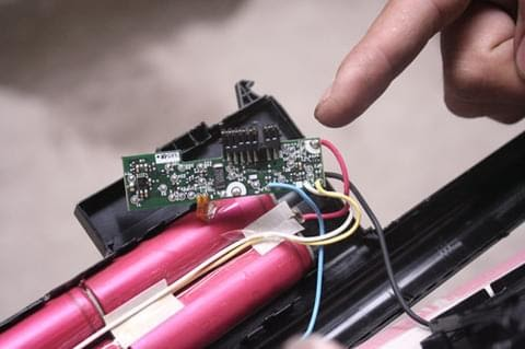 Pin laptop 4 cell là gì? Và những lưu ý khi sử dụng pin 4 cell