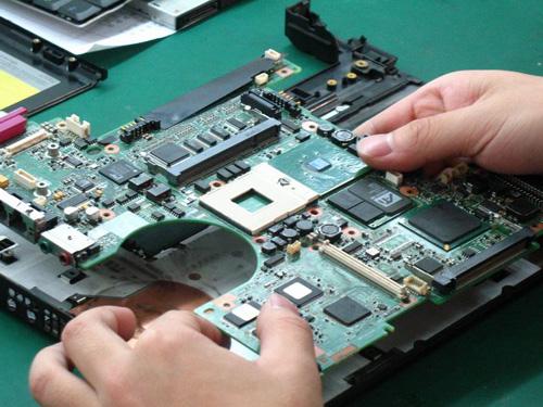 Sửa main laptop Hà Nội - Các địa chỉ uy tín nhất