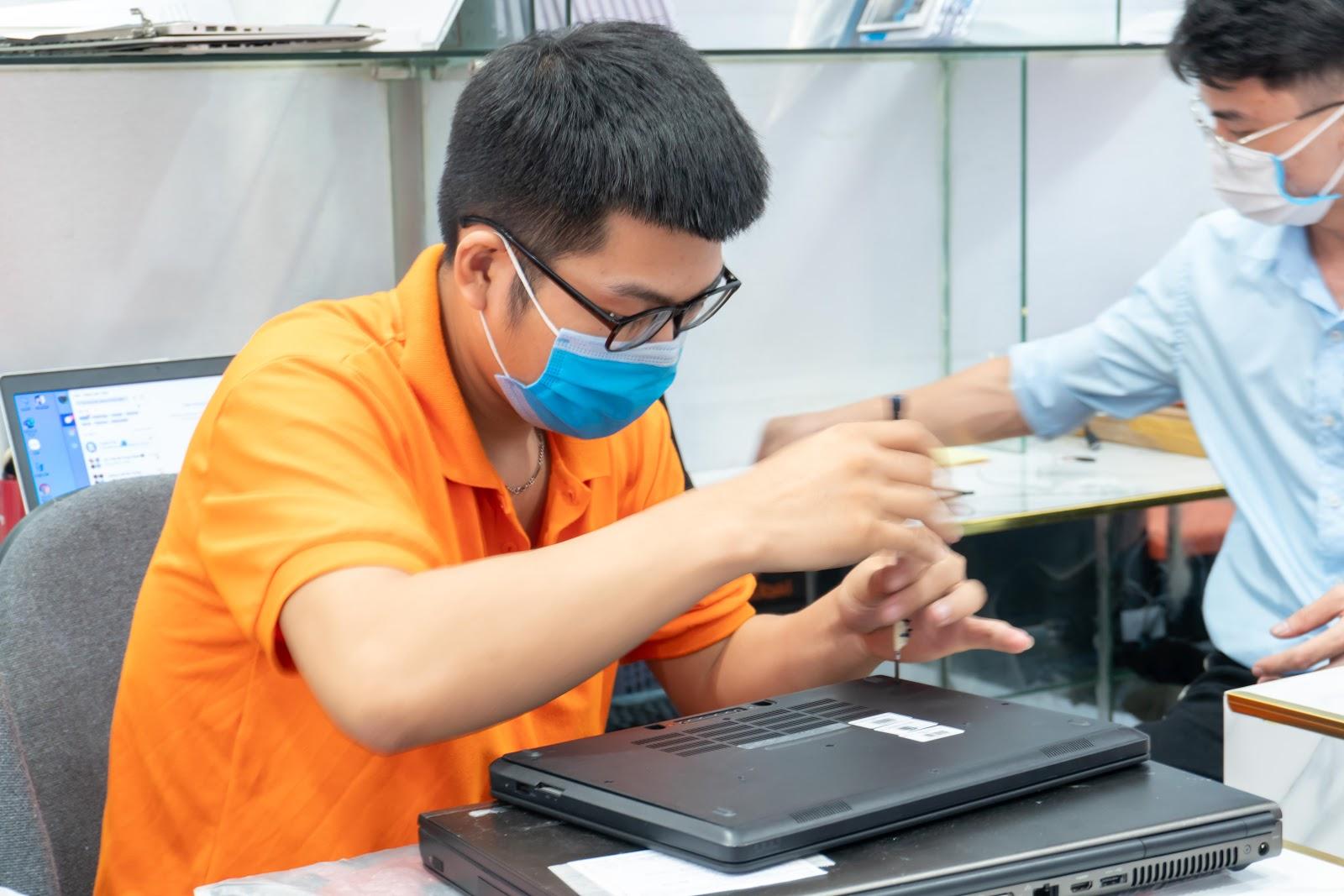 Sửa chữa laptop lấy liền Hồ Chí Minh chất lượng, tiết kiệm thời gian