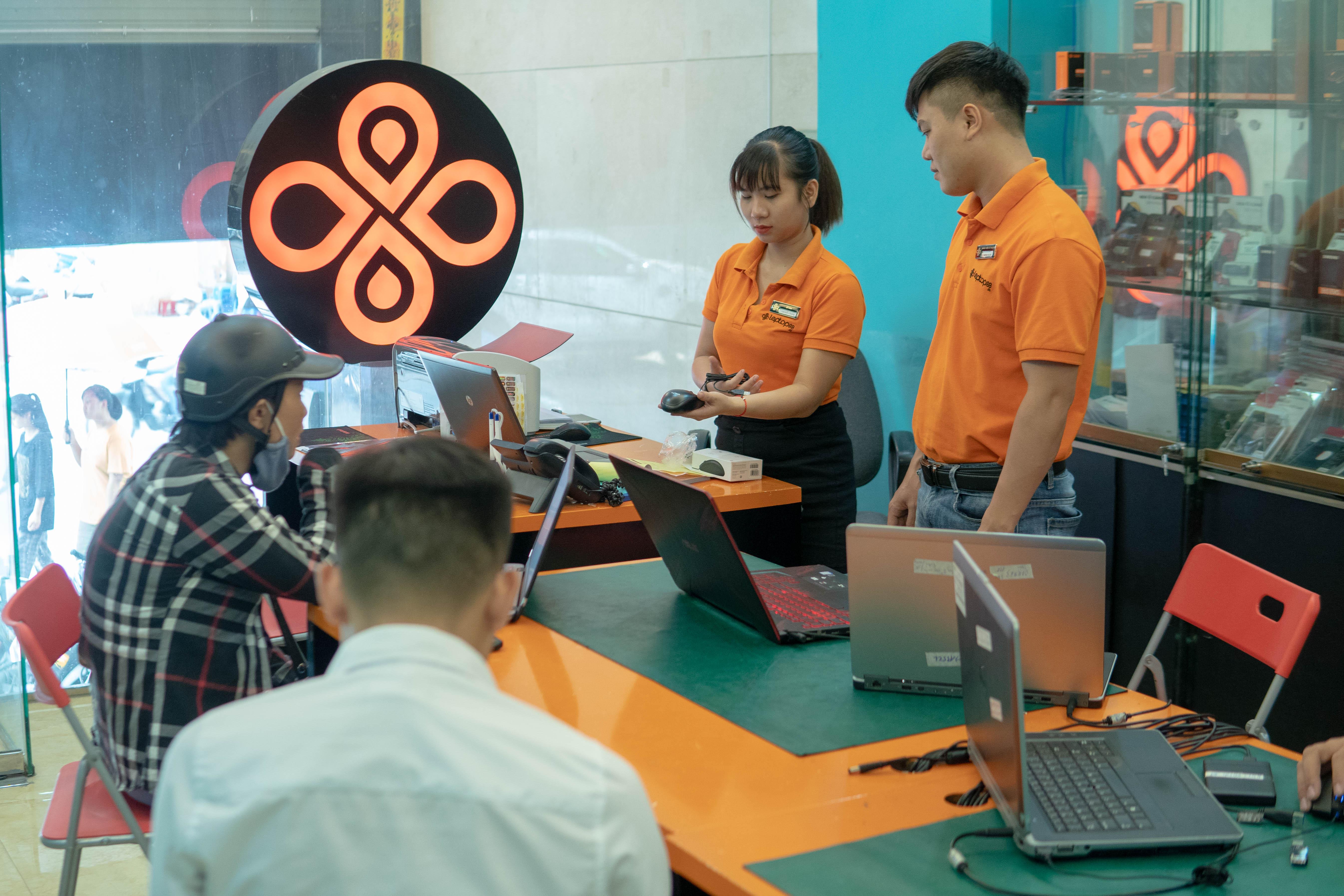 Địa chỉ sửa laptop giá rẻ HCM