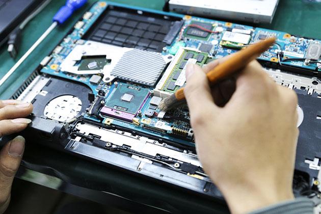 Top 5 địa chỉ sửa main laptop TP.HCM