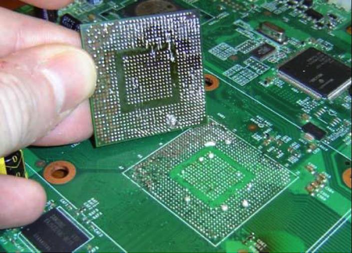 Sửa lỗi màn hình laptop bị giật liên tục