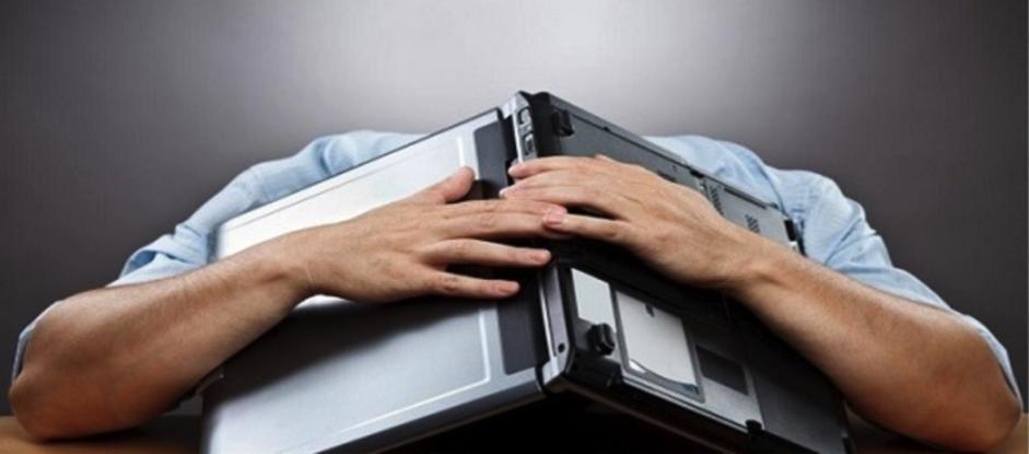 Hướng dẫn khắc phục lỗi laptop mở không lên màn hình