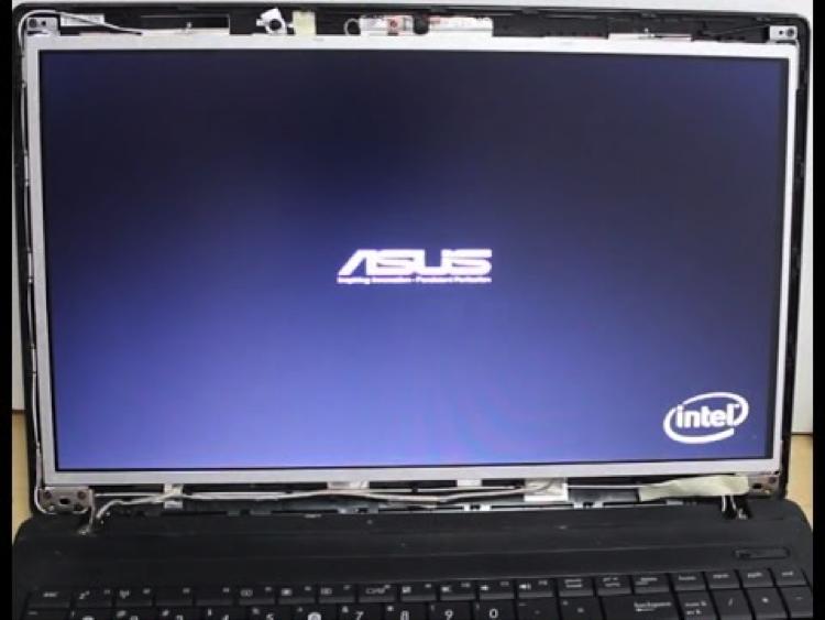 Thay màn hình laptop Asus chính hãng ở đâu?