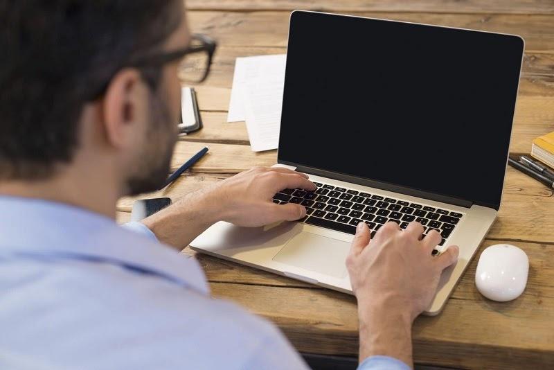 Cách sửa màn hình Laptop bị đen đơn giản nhất