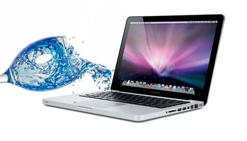 Sửa macbook bị dính nước ở đâu Hà Nội?